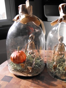 fairy pixi skeleton under 'glass' dome cloche diy halloween part prop.